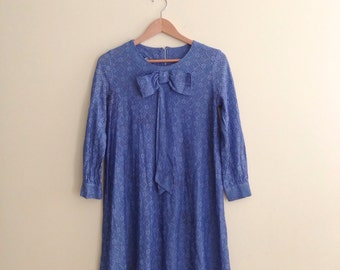 Vintage Jane Birkin Style Bow Collar Lace Babydoll Dress / Tent Dress /  Mod Shift Dress / 1960s