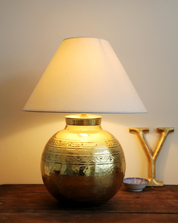 hammered brass lamp vintage hammered brass ball table lamp. Black Bedroom Furniture Sets. Home Design Ideas