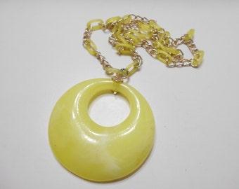 Vintage Swirly Lemon Yellow Pendant Necklace (1735)