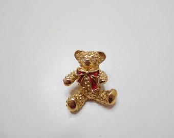 Vintage Christmas Teddy Bear Lapel Pin (4122)