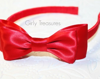 Red Snow White Bow on Plastic Headband. Baby Bow Headband. Girl Headband. Baby Headband. Adult Headband.