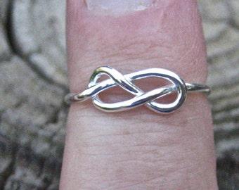 Vintage 925 Sterling Silver Celtic Love Knot Ring