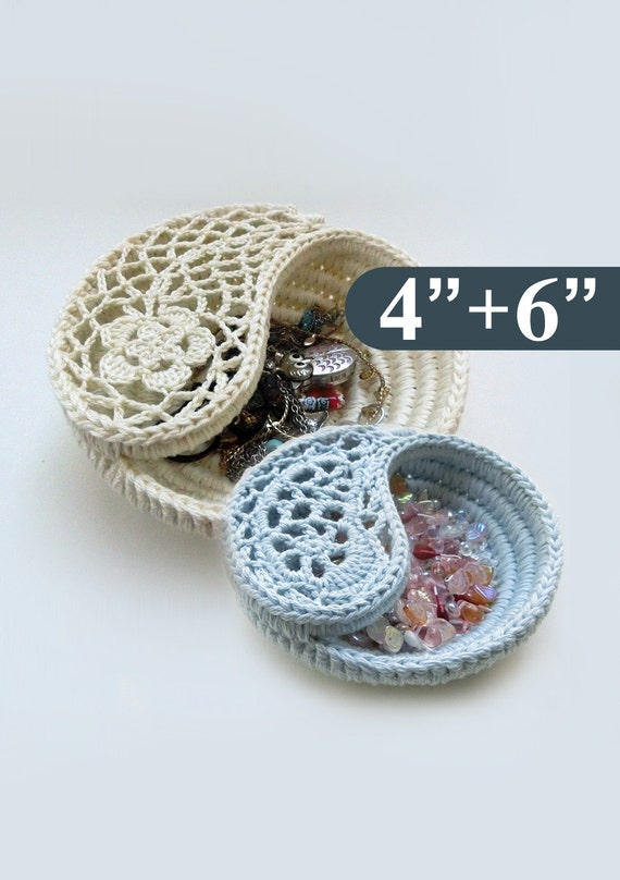 Crochet Christmas Patterns Package. Yin Yang Paisley by ...