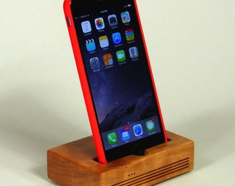iPhone 6/7 Plus Docking Station - The CONCERT Acoustic Speaker Dock  in CHERRY wood – Use With or Without a Case - Boosts the Sound