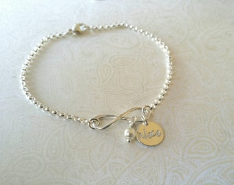 Infinity Bracelet with Niece Charm and Pearl -Gift for Niece