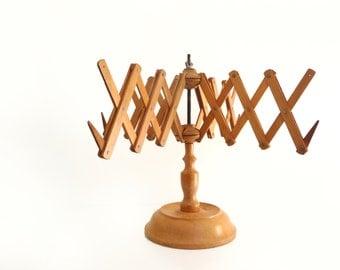 Vintage wooden yarn winder or umbrella yarn swift  - Knitting accessories - Rustic home decor - 1950s