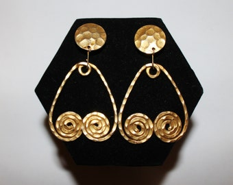 1970s Etruscan Revial Huge Hammered Gold Clip Earrings