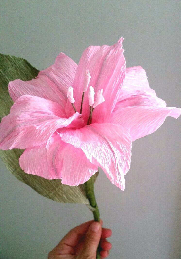 Paper lily crepe paper flower pink bridal bouquet for Cardboard tube flowers