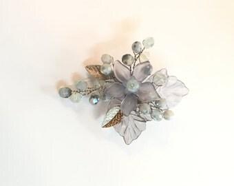 Silver flower brooch, wedding brooch pin, bridal brooch, wedding jewelry brooch, mother of the bride brooch, crystal brooch, bridal brooches