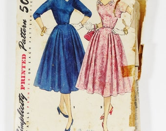 Simplicity 1092 - Misses and Womens One-Piece Dress with Detachable Neckline Trim and Collar - Vintage 1950s Pattern - Size 14