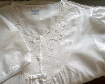 Vintage Italian Nightgown - 100% Cotton - Long, White