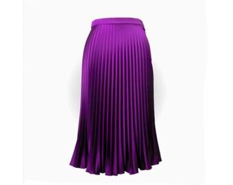 Sunray pleated skirt dark magenta half circle in bright satin longuette, italian tailoring handmade