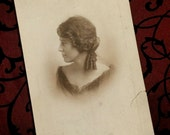 Lovely Antique Photograph, Pretty Woman, In Profile, c 1900, Romantic Home