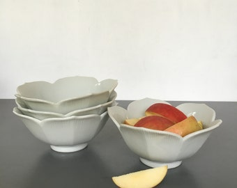 vintage lotus bowls white set of 4 chinoiserie porcelain