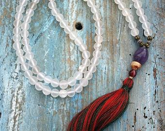 Beautiful frosted (rough) quartz gemstone mala necklace