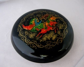 Vintage Russian Hand Painted and Signed Black Lacquer Troika Round Ring or Trinket Box