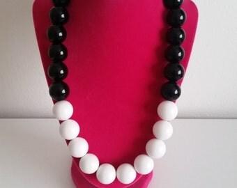 Black & White color block necklace