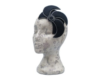 Black & Silver Fascinator - Zip and Felt