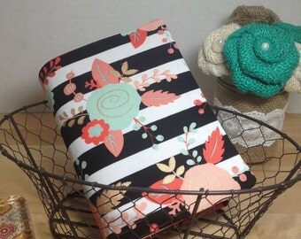 Reversible bible cover, NWT bible cover, New World Translation, Bible cover, Black and white floral, Coral polkadot interior, made to order