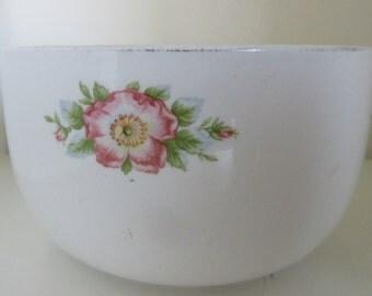 "Vintage  Hall China Rose White 6"" Mixing Bowl / Serving Bowl **Epsteam"