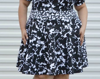 Plus Size Dress, Womans Floral Dress Black and White Plus Size Dress, Spring Summer Plus Size Dress,  Black Dress, Womens Dress