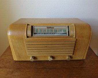 Hoffman Table Radio ~ Model A300 ~ Golden Oak Molded Wood Case ~ Not Working ~ AM Tube Radio ~ 1946 ~ 6 Tube Radio