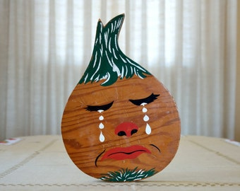 Vintage Mr. Onion wooden cutting board, wall plaque, or trivet, Crying Onion hand painted, kitschy, kitchenware, kitchen decor, Mid Century