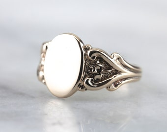 Lucky Clover, Signet Ring with Clover Details  5NAVLD-N