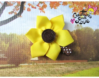 Sunflower Kanzashi Hair Clip.  Kanzashi Flower