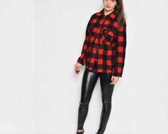 Vintage 90's Grunge Red and Black Zipper Shirt