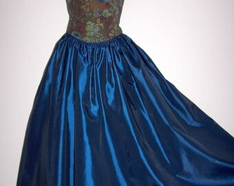 Laura Ashley vintage 1993 tapestry and taffeta, medieval baroque renaissance festive gown, size 16 UK