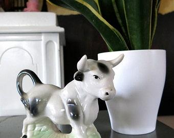 Vintage Ceramic Bull Home Decor Kitsch Taurus Animal Farmyard Figurine Collectible