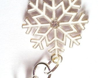 Snowflake Zipper Pull, Zipper Pull Charm, Purse Decor Charm, Zipper Charm, Jacket, Backpack Zipper Pull, Kids Zipper Pull, Planner Charm