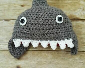 Crochet shark Hat - shark baby hat - crochet shark - shark hat