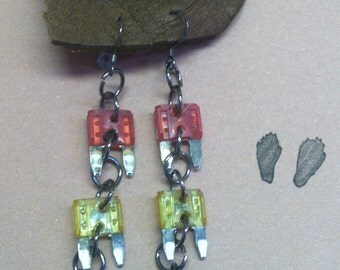 Mini Fuse Earrings - Traffic Light