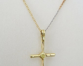 Vintage Yellow Rose & White 18 Carat Gold Chain, Italian and Handmade 18 Carat Gold Cross Crucifix Circa 1950s 1970s