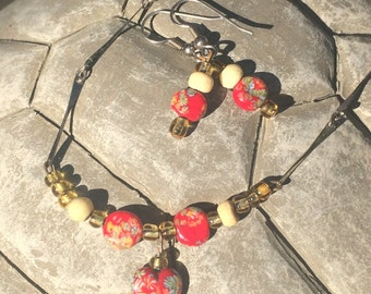 Vintage Glass Bead Necklace and Earring Set