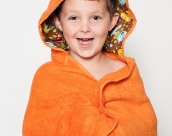 Boy hooded beach towel with monsters, kids bath towel, personalized kids beach towel, toddler hooded towel, monster hooded towel