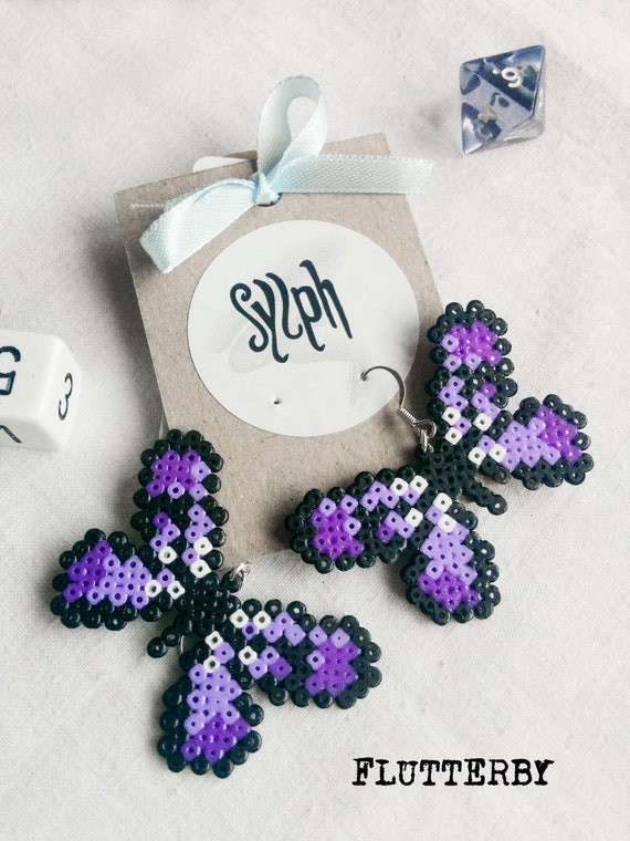 8bit retro gamer style pixelated Flutterby earrings in shades of purple made of Hama Mini Perler Beads for all butterfly lovers!