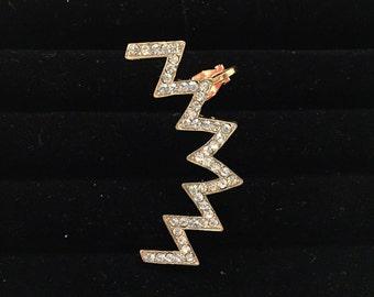 Gold chevron zig zag lightning constellation rhinestone ear cuff - left ear
