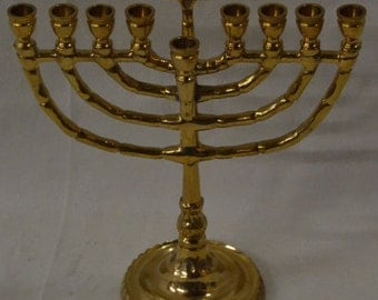 "Bright Gold Finish Estate Judaic Decorative Menorah- 7"" x 6"" x 3"" VINTAGE"