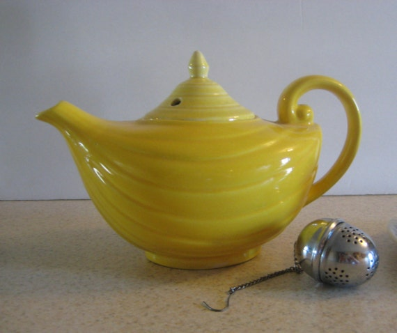 Style teapot country kitchen yellow vintage tea pot shabby cottage