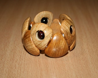 Natural wood bracelet. Wood beads stretch bracele.