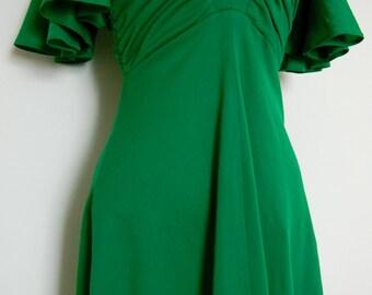 Vintage 1970s emerald green mini dress
