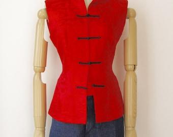 Vintage red silk vest. Red silk Asian waistcioat. Ethnic silk. Red Oriental brocade
