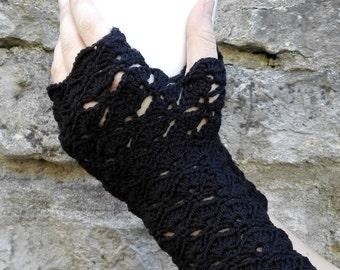 Long black wristwarmers. Fingerless gloves. Arm warmers.