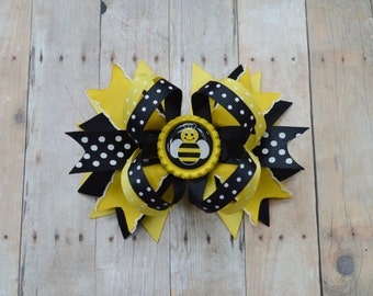 Bumblebee hair bow, Stacked bows for girls, girls birthday gift, bumble bee shower gift, bumblebee birthday outfit