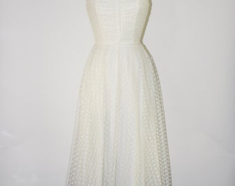 70s white lace dress / swiss dot party dress / strapless tulle dress