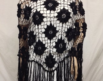 Poncho top,Knit Poncho, Crochet poncho,Black,Flowers, Fringed, Large