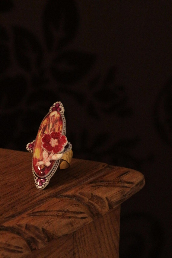 creative large resin ring with geometric amber and red flower